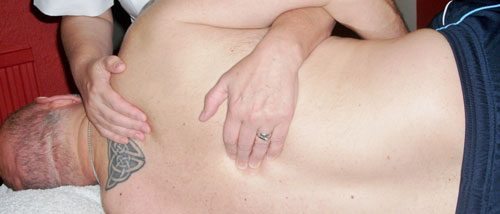 Lydney osteopaths treat men and woman for a range of conditions